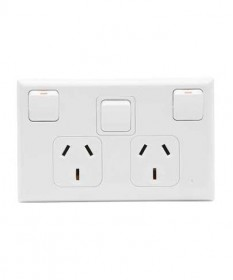 PDL 695X, Double Horizontal Switched Socket Outlet, 10A, 250Vac with Extra Switch.
