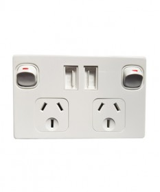 Double Power point Horizontal  + 2 x 2.1A Usb Chargers